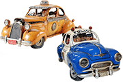 19 Foto Collectible Figures Police Car And Taxi Pyramid Of Gifts