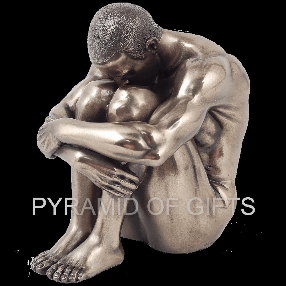 Фото - фигурка мужчины - Pyramid Of Gifts