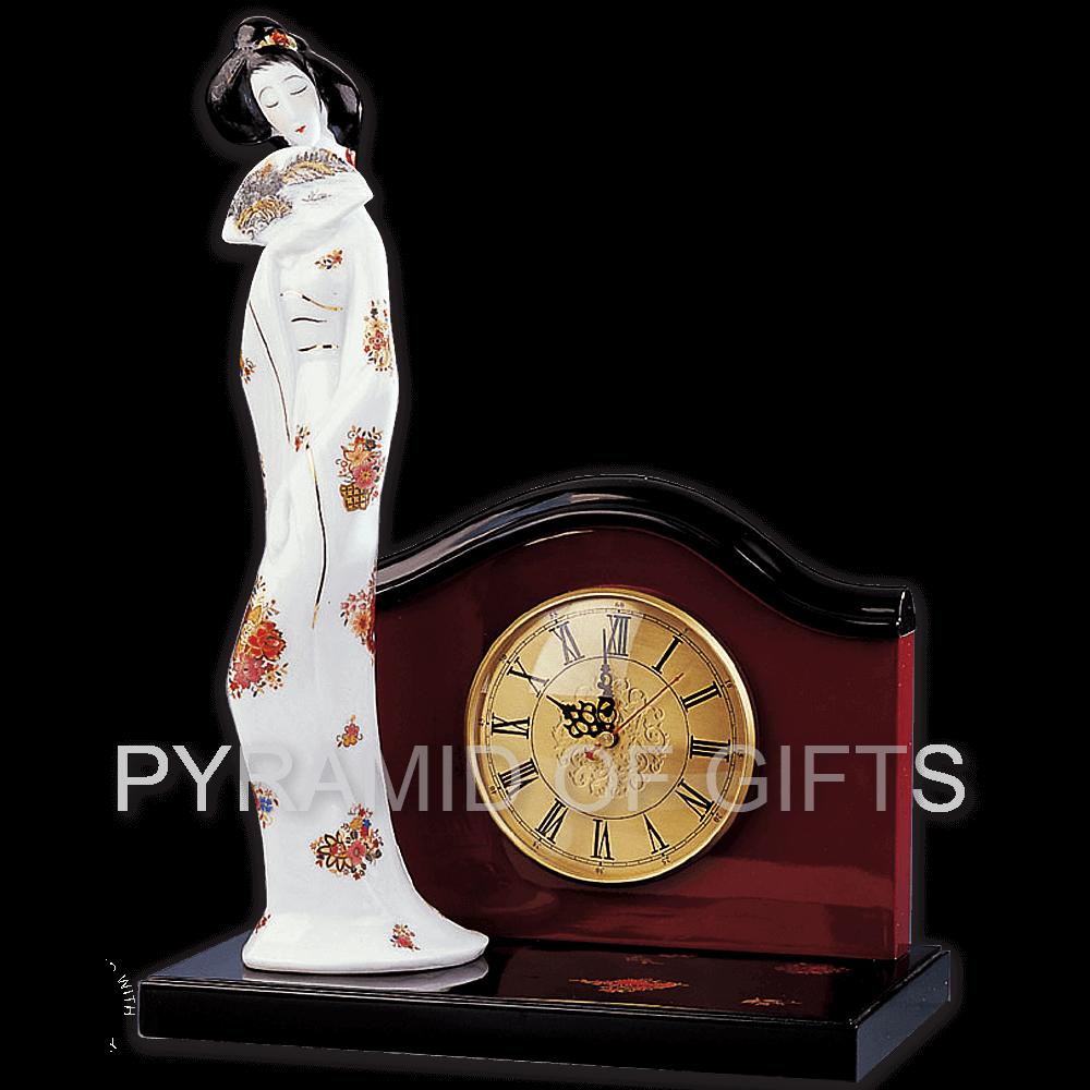 Фото - настольные (каминные) часы с декоративной фигуркой - японская девушка - Pyramid Of Gifts