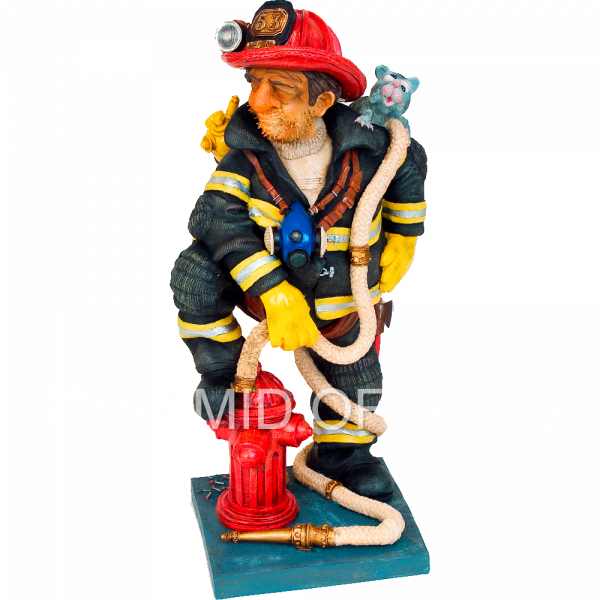 Фото - коллекционная фигурка пожарного - Pyramid Of Gifts