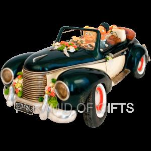 Фото - коллекционная фигурка на свадьбу - Свадебный кабриолет - Pyramid Of Gifts