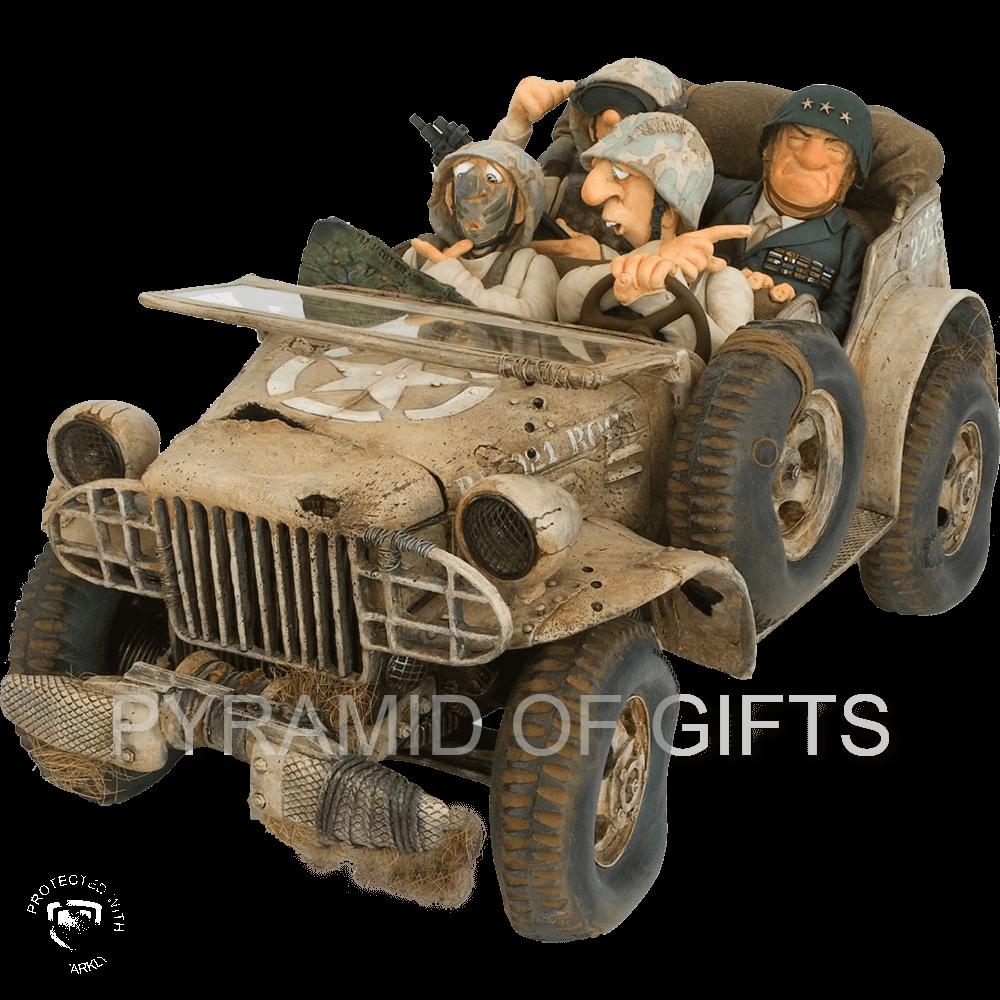 Фото - коллекционная фигурка военных - Военный патруль - Pyramid Of Gifts