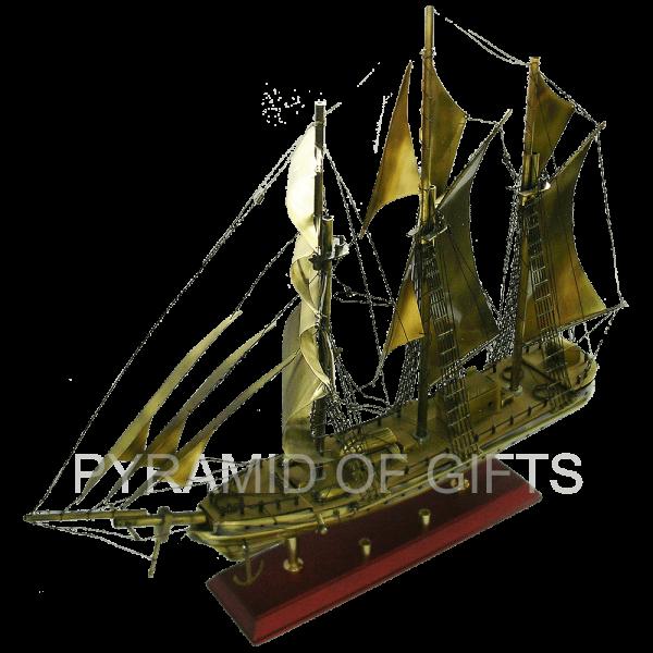 Фото - модель парусного корабля – рыболовецкая шхуна - Pyramid Of Gifts