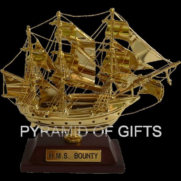 Фото - модель сувенирного парусного кораблика – BOUNTY - Pyramid Of Gifts