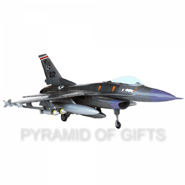 Фото - рекламная модель самолета F-16 Falcon - Pyramid Of Gifts