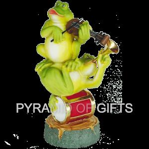 Фото - рекламная фигура – Музыкальные лягушки - Pyramid Of Gifts