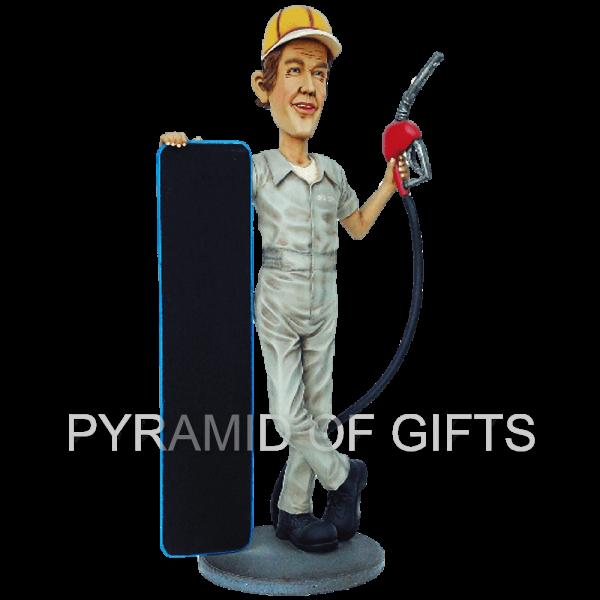 Фото - рекламный стенд, ростовая фигура – Автозаправщик с меню - Pyramid Of Gifts