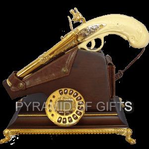 Фото - элитный, настольный телефон пистолет - ретро стиль - Pyramid Of Gifts