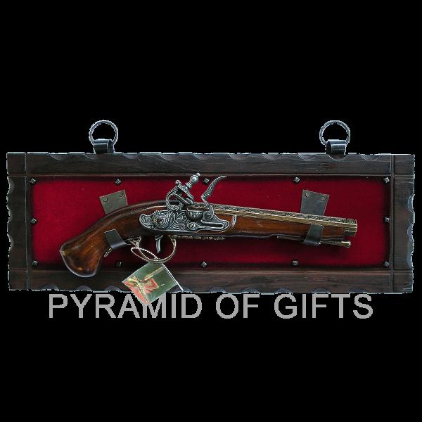 Фото - сувенирный пистолет - Pyramid Of Gifts