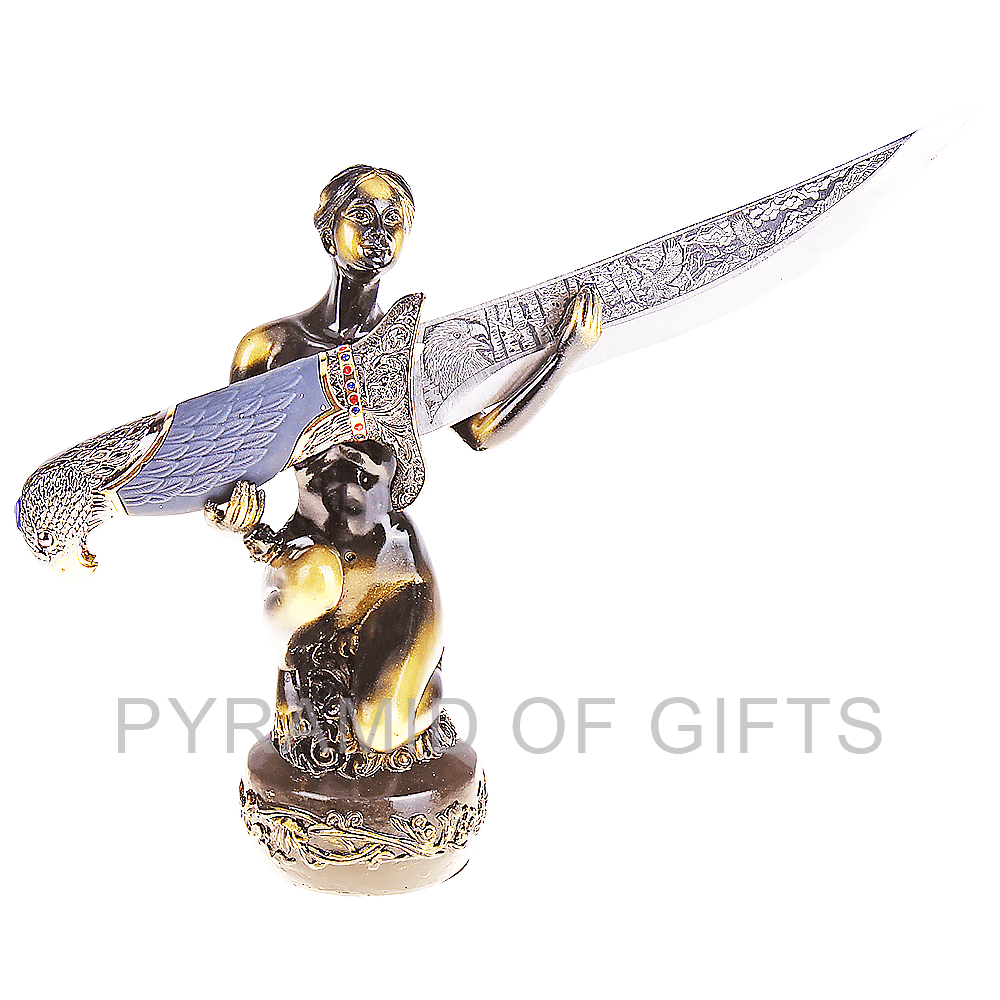 Фото - подарочный кинжал – статуэтка девушки с кинжалом в руках - Pyramid Of Gifts